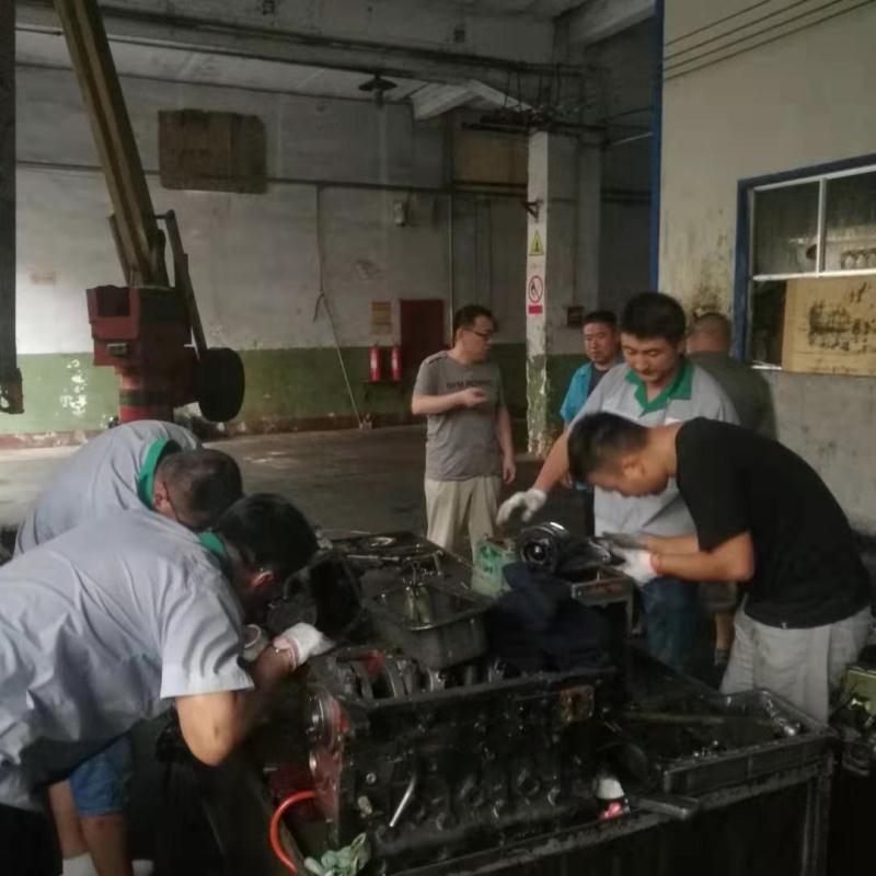 五征集团业务人员到华源威廉希尔手机app下载参加技能培训